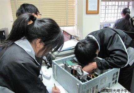 电脑芯片级维修实战