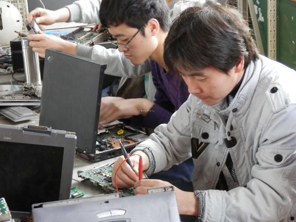肇东家电维修培训学校电器维修培训招生-笔记本电脑实习操作实景